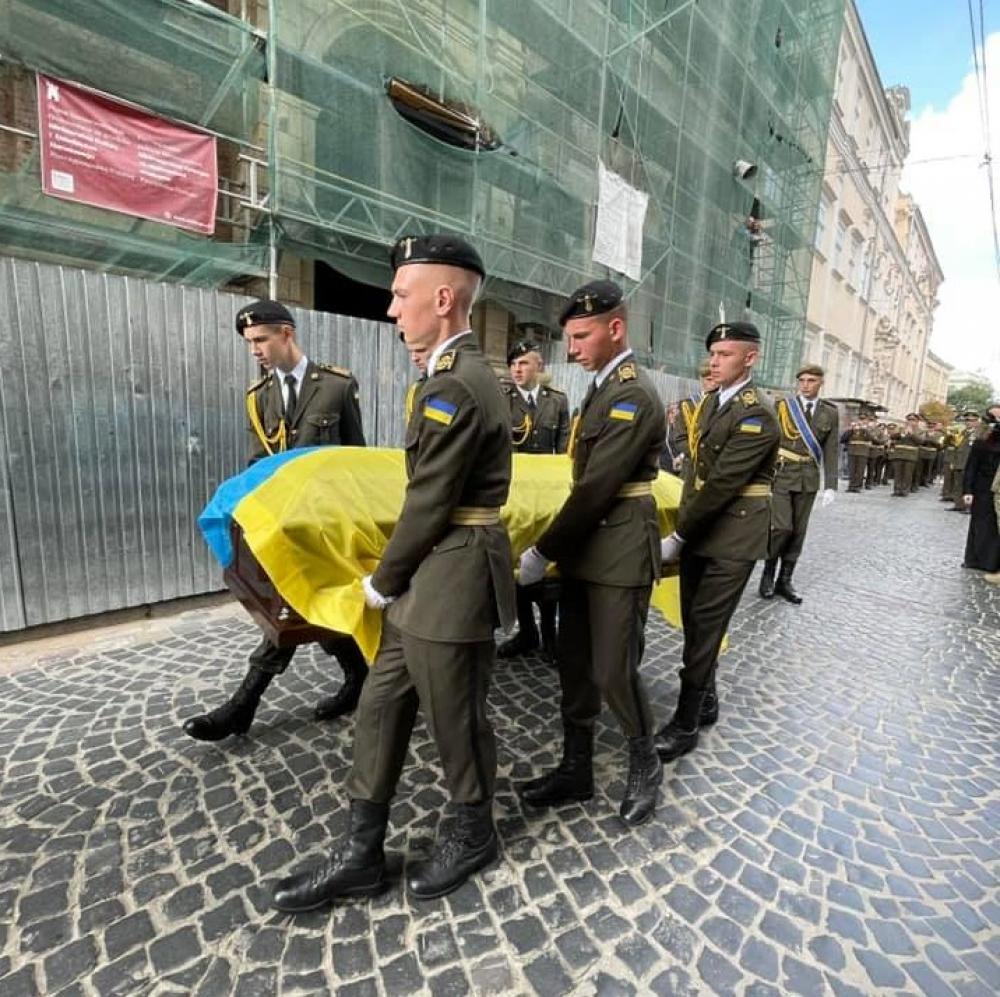 Захисника України Івана Маланича поховали на Личакові