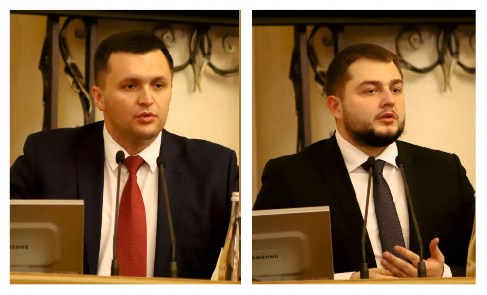 Євгеній Гірник – перший заступник голови Львівської обласної ради, Юрій Холод -  заступник, - рішення сесії