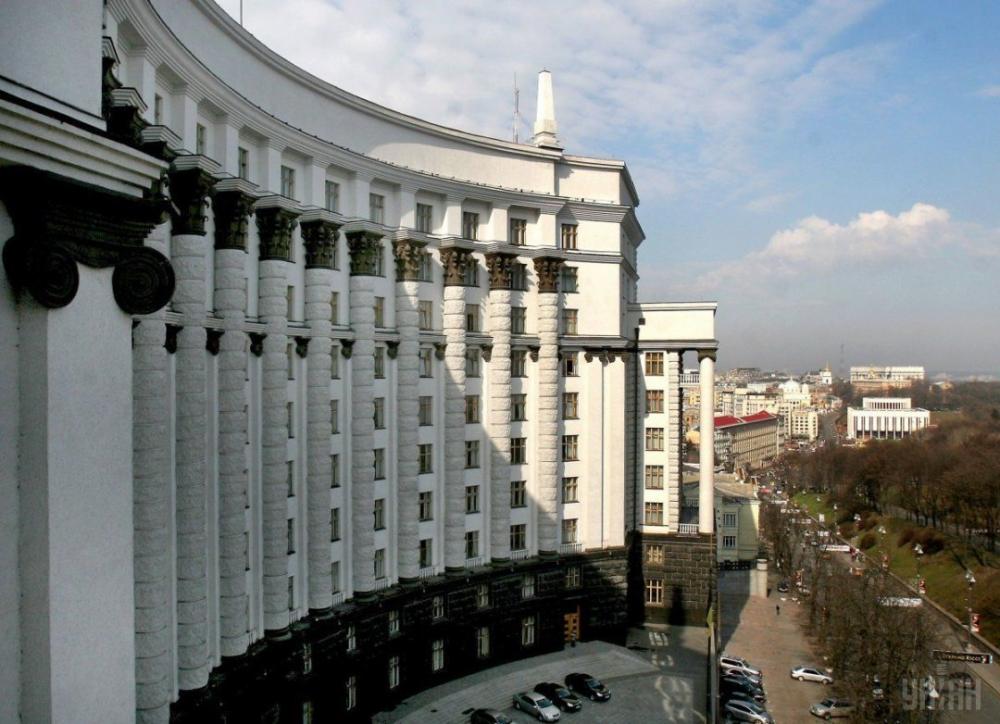 Уряд запровадив карантинні обмеження, які діятимуть з 19 грудня на всій території України